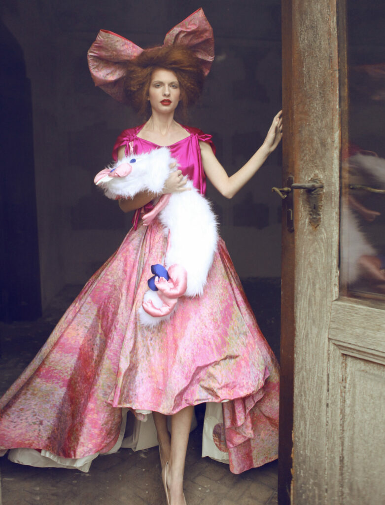 → Kolekcia Princess, 2011. Foto Jakub Gulyás.