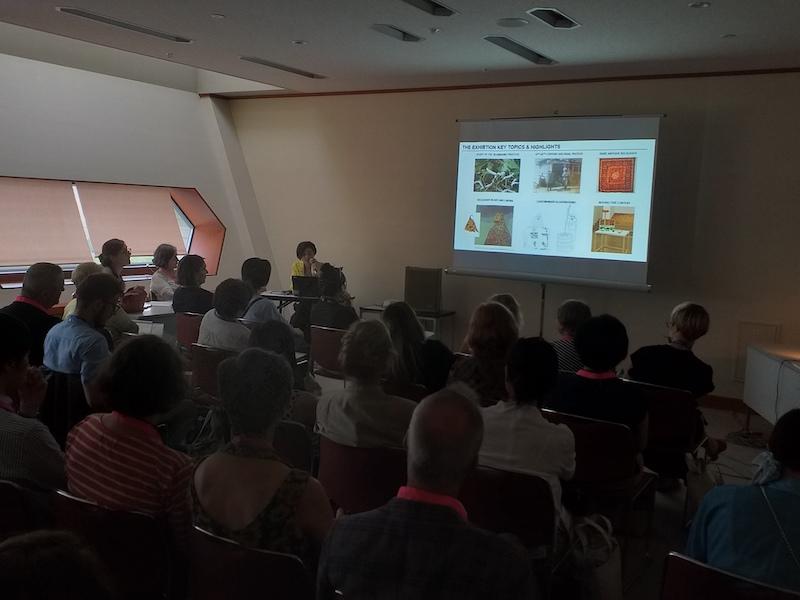 Prezentácia Asli Samadovej, nezávislej kurátorky amanažérky zAzerbajdžanu, Foto archív Zuzana Šidlíková