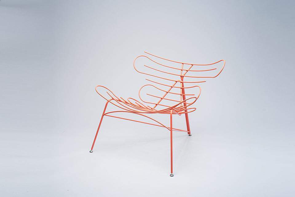 Hlavná cena v kategórii Dizajn nábytku – záverečné práce 1. a2. stupňa: Šimon Galanský : Kreslo Sinuo, VŠVU Bratislava, Foto Marko Horban