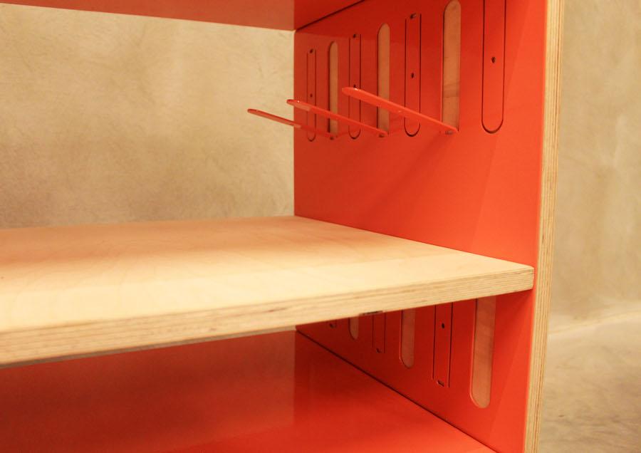 Čestné uznanie vkategórii Dizajn nábytku – záverečné práce 1. a2. stupňa: Peter Kušnír: Uni STORE, TU Košice, Foto Peter Kušnír