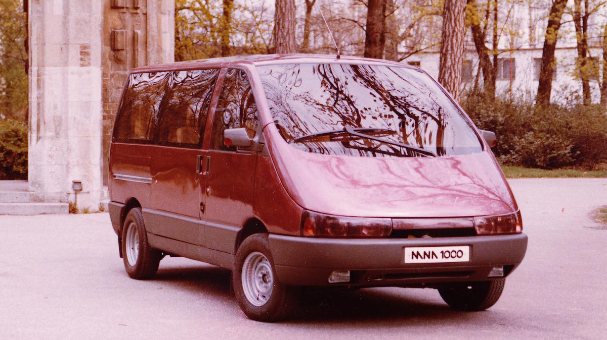BAZ MNA 1000. BAZ, 1989. Foto archív SMD