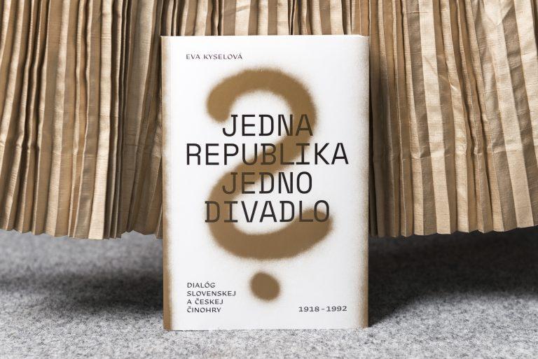 Jedna republika jedno divadlo?
