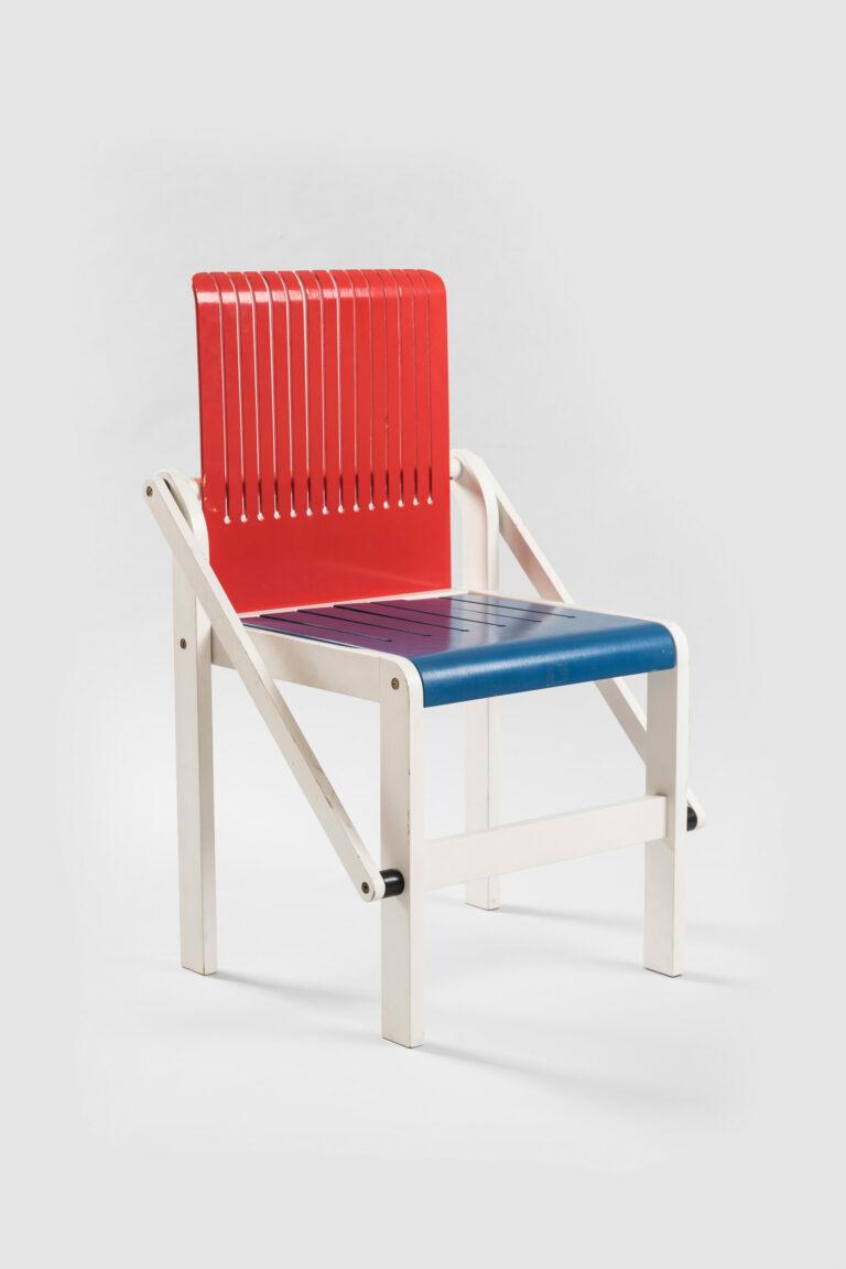 Prototyp stoličky Nárez