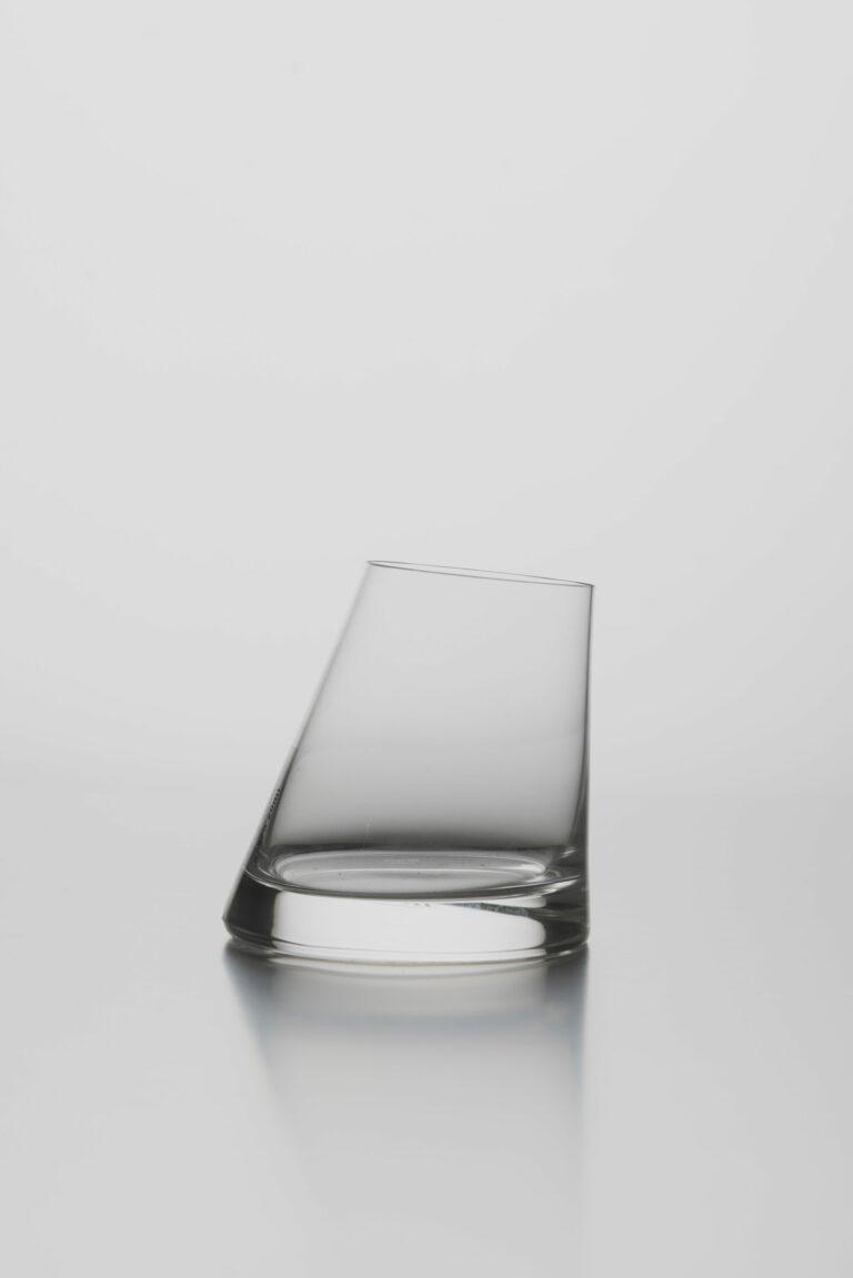 Asymetrický pohár na whisky LR 3975