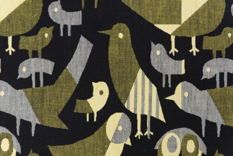 Žakárová tkanina s motívom vtáčikov