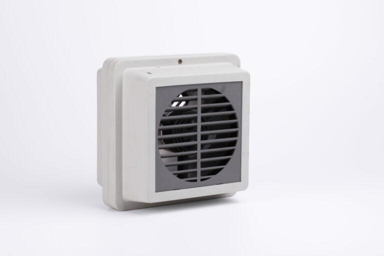 Medzistenný ventiátor N15