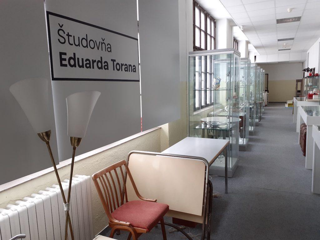 Priestory Slovenského múzea dizajnu – Študovňa Eduarda Torana. Február 2021. Foto: Silvia Kružliaková
