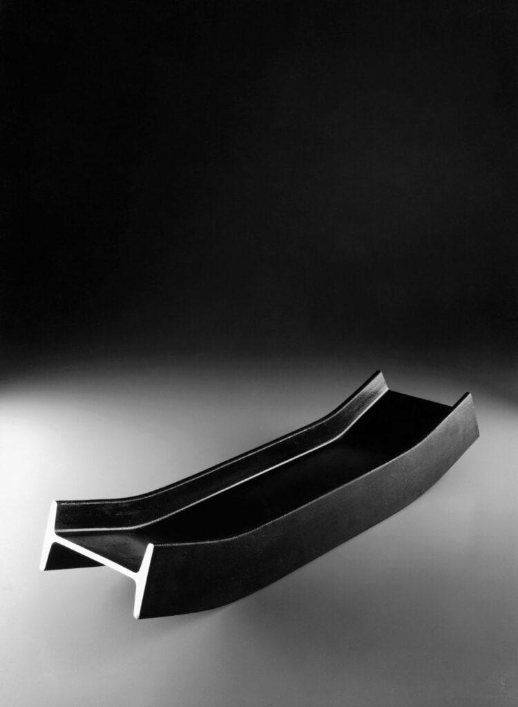 Kontajnery zo železných profilov, kolekcia Putrella, model A, výrobca Danese Milano, 1958. Foto: Fabio a Sergio Grazzani © Triennale di Milano