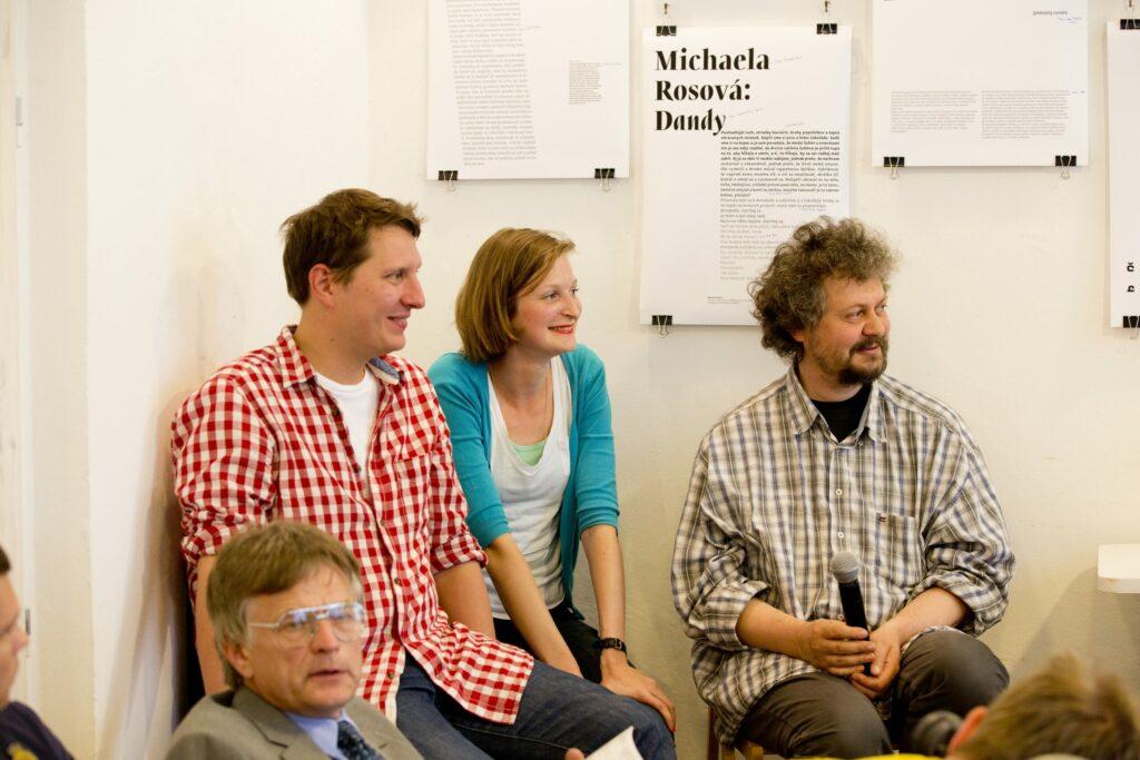 Pavlína Morháčová počas diskusie o knižnom dizajne na festivale Anasoft Litera 2012