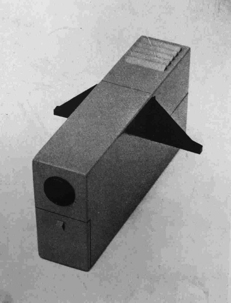 Igor Didov Prenosný diaprojektor, Model vyrobený pre Meoptu Bratislava 1962