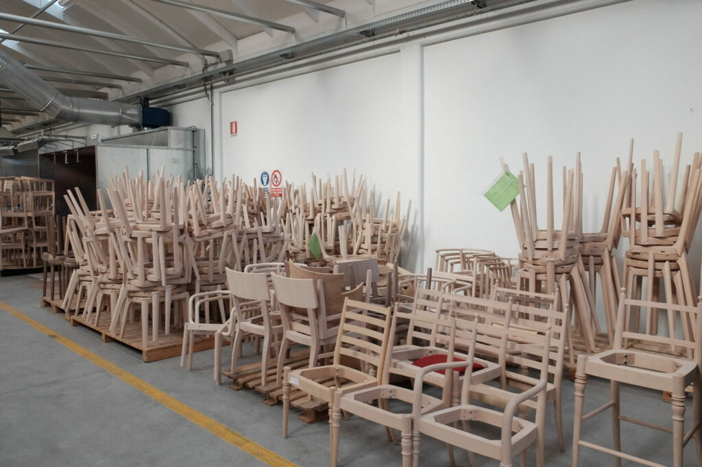 Továreň Nábytku Very Wood. Udine, Taliansko.