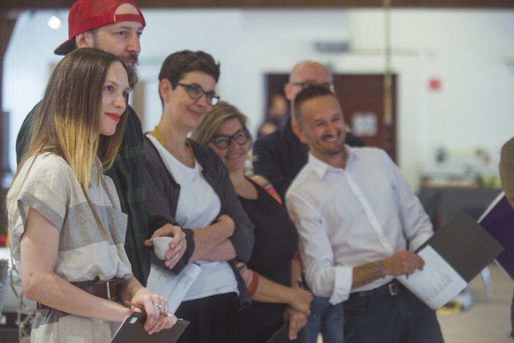 Z hodnotenia poroty NCD 2017. Zľava: Olo Křížová, Majo Lukáč, Agnieszka Jacobson-Cielecka, Lilli Hollein, Sebastian Hackenschmidt, Michal Kačmár. Foto archív SCD