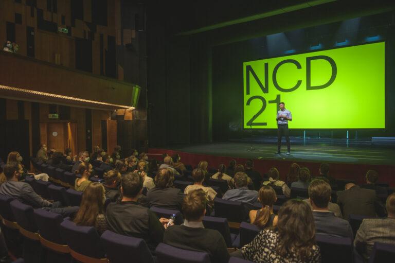 Moderátorom Galavečera NCD21 bol Martin Staňo. Foto Adam Šakový