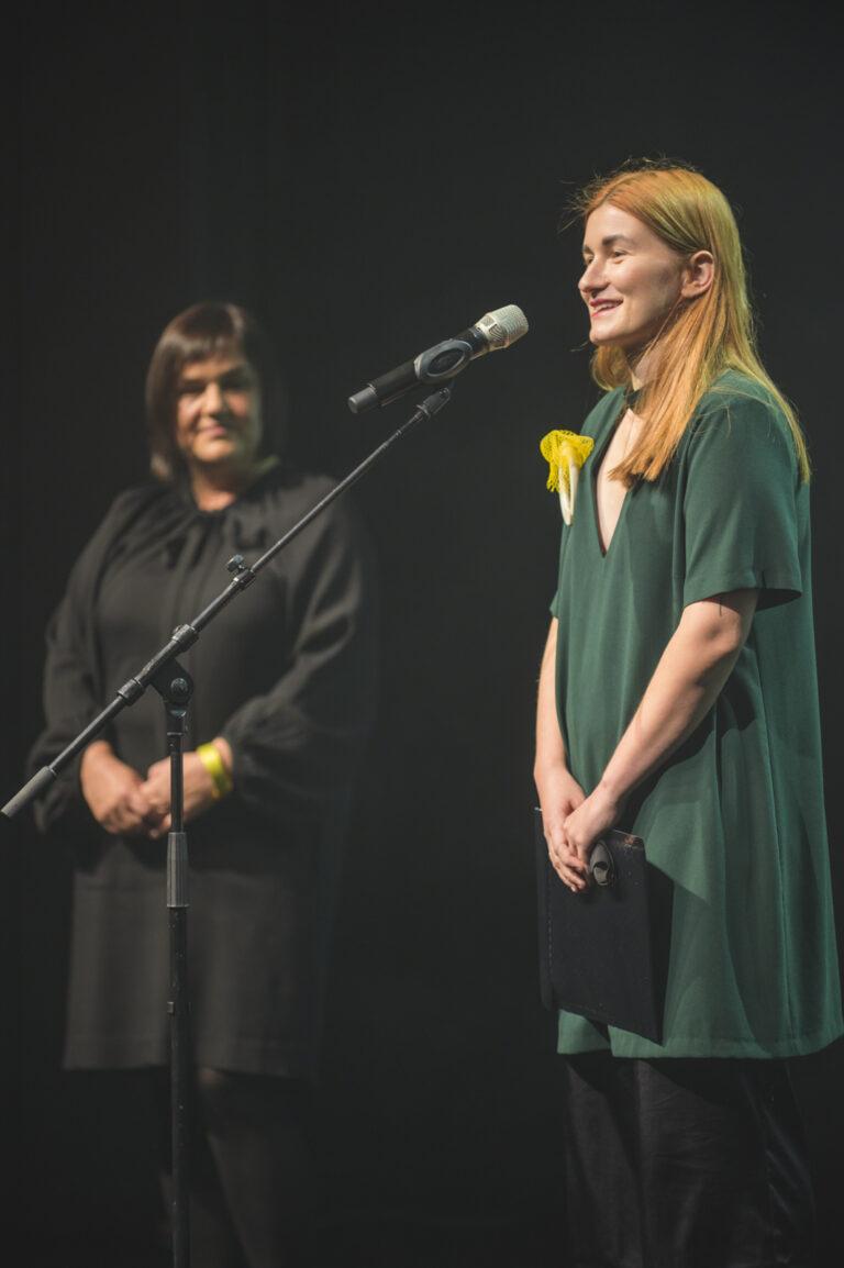 Lucia Gamanová získala hlavnú cenu v oblasti Študentský dizajn za dielo Šperk ako niečo. Foto Adam Šakový